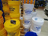 洗車後の収納にも使えるフタ付きペールバケツ(フタ付き)